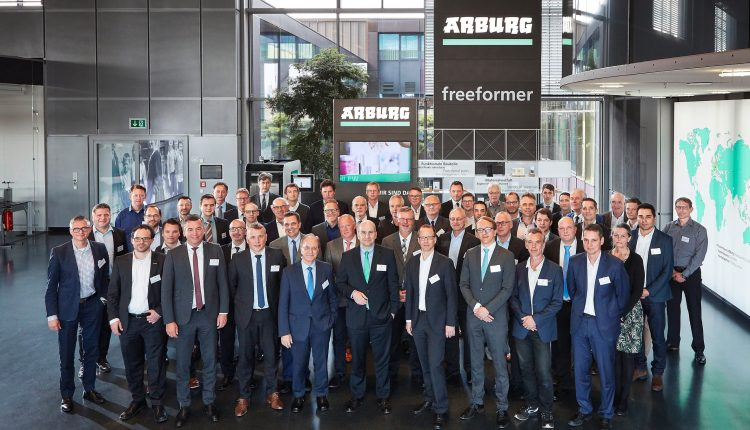 Additive manufacturing: VDMA members' meeting at Arburg • Injection